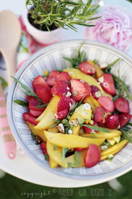 Erdbeer-Mango-Salat